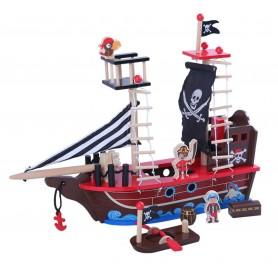Medinis piratų laivas