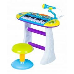 Pianinas su kedute