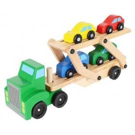 Medinis sunkvežimis su 4 automobiliais